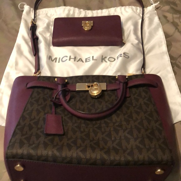 b7fe0cb56ede MICHAEL Michael Kors Bags